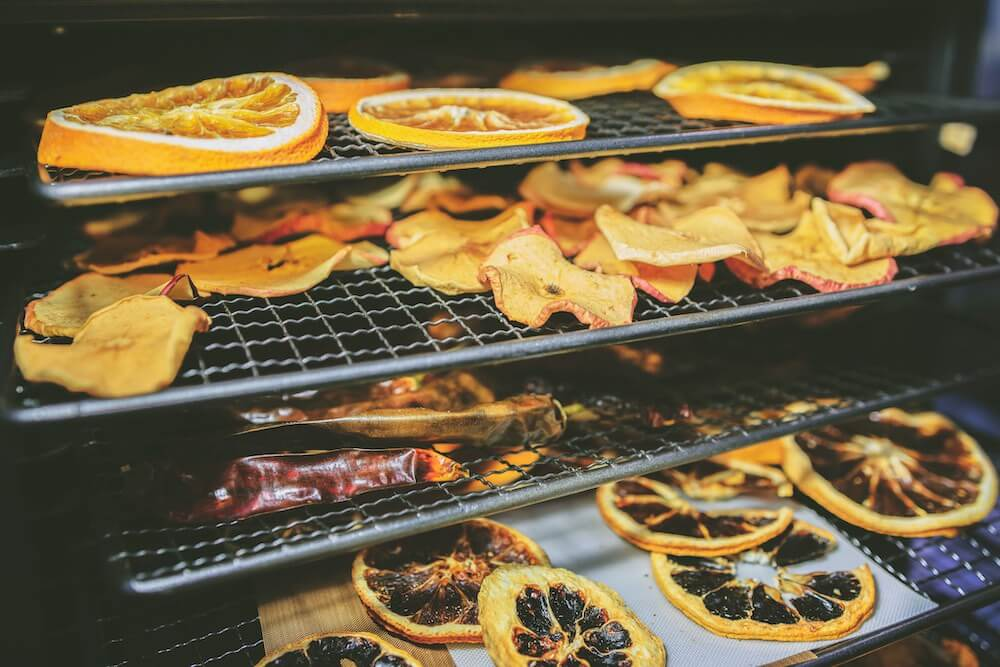 drying oranges in the oven