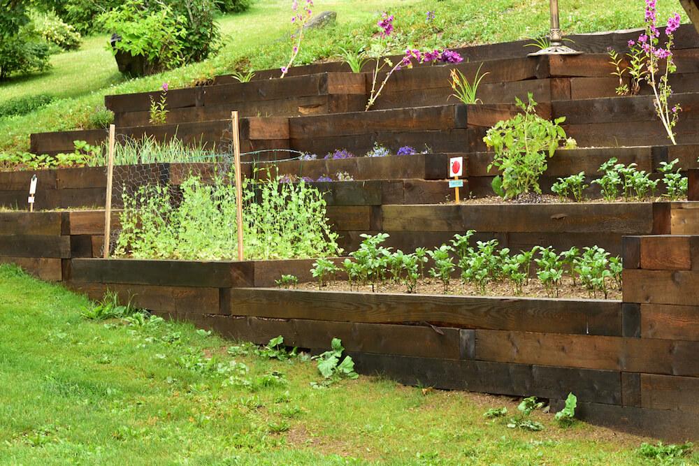 Vegetable box wall garden