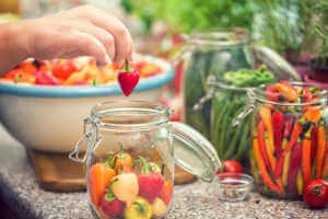 Preserving Chili Peppers in Jars